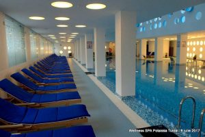 Șezlonguri piscină